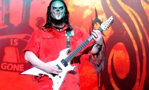 Slipknot Guitarist Mick Thomson Stabbed by His Brother in Drunken Fight