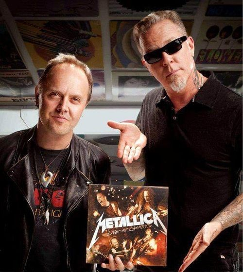 Mike Rowe Apologizes After Mistaking James Hetfield For Lars Ulrich Daily Headbänger