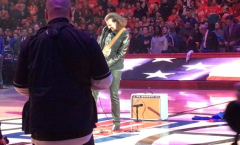 Former KISS guitarist Bruce Kulick performs The Star Spangled Banner 12/23/16 LA Clippers Game